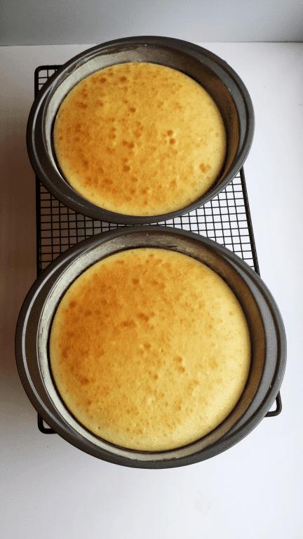 Homemade Easter Cakes process photo2 (Medium)