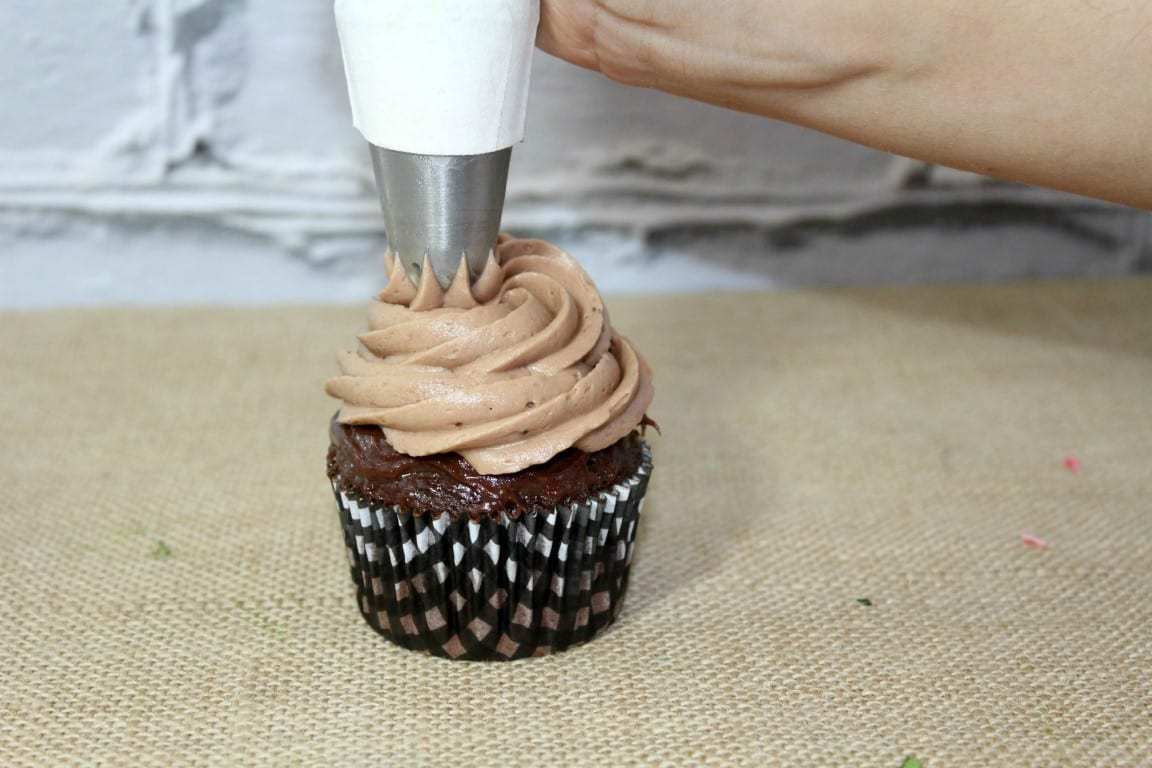 Irresistible S'more Cupcakes Recipe