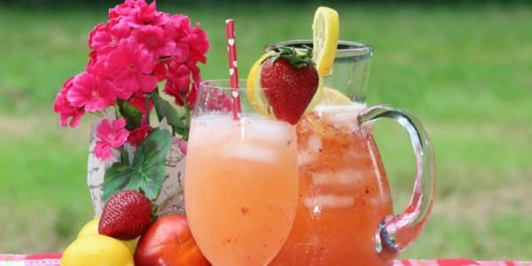 Nectarine Lemonade with Strawberries