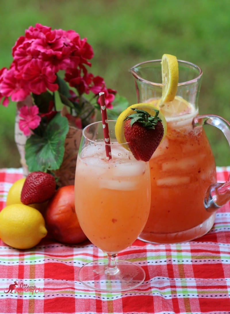 Nectarine Strawberry Lemonade recipe
