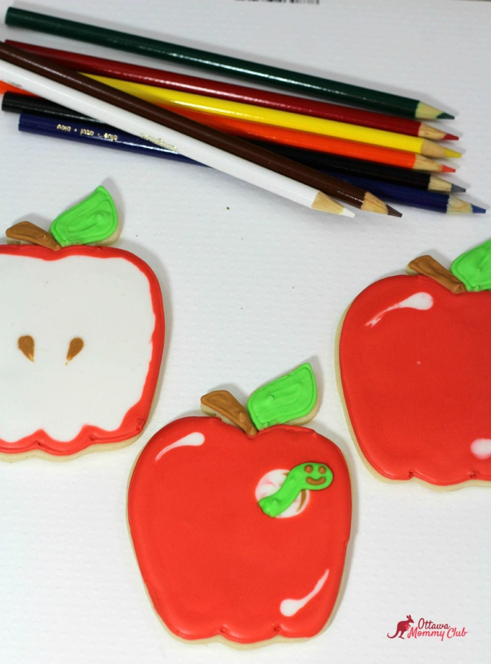 Back to School Apple with Worm Cookies Recipe