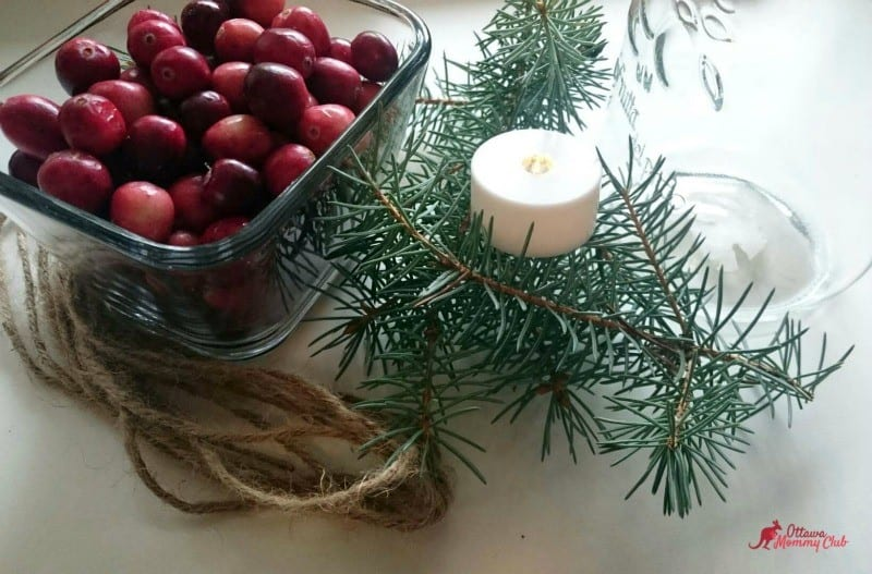 Super Easy DIY Mason Jar Christmas Candle