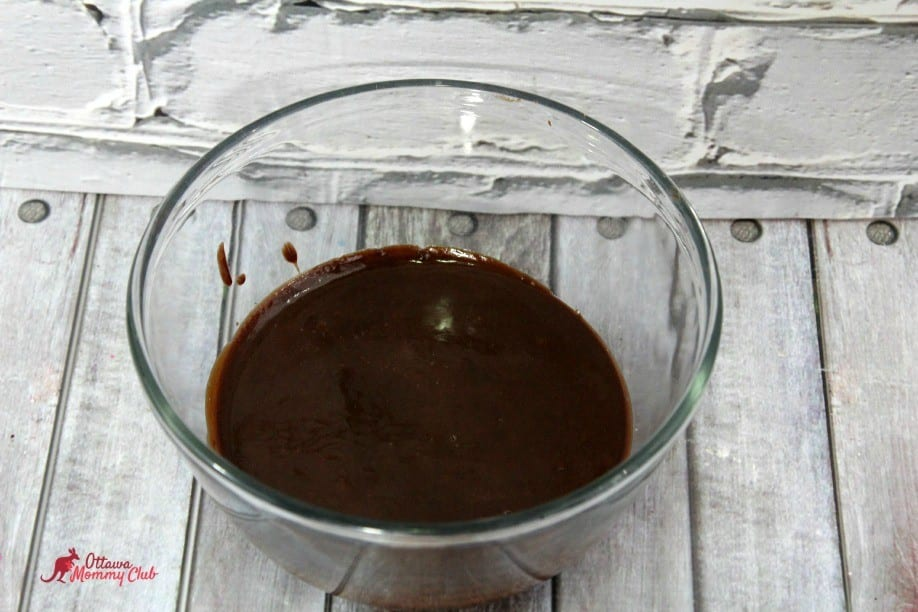 Chocolate Macarons ganache