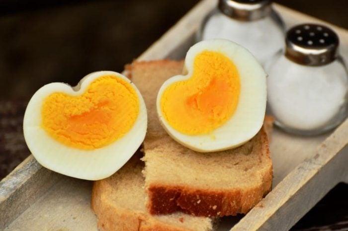 egg-hen-s-egg-boiled-egg-breakfast-egg-160850-small