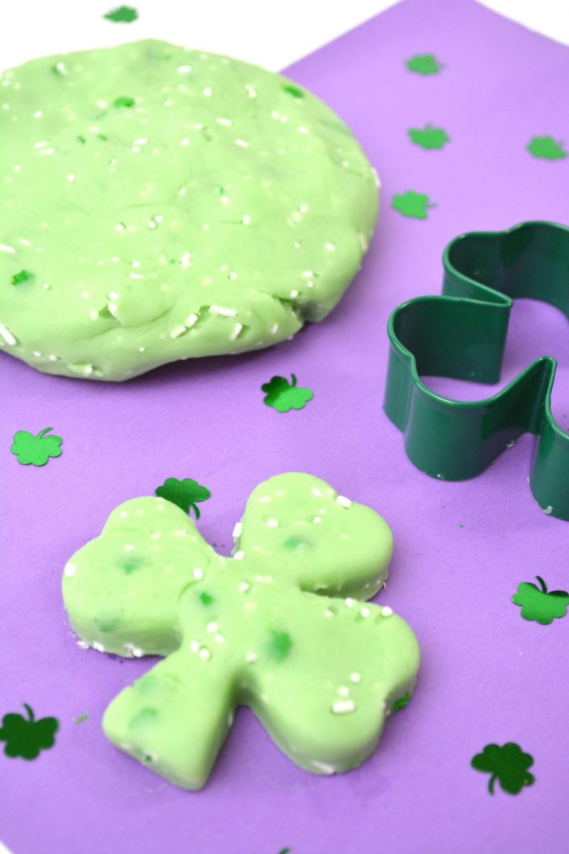 Edible St. Patrick's Day Jello Playdough