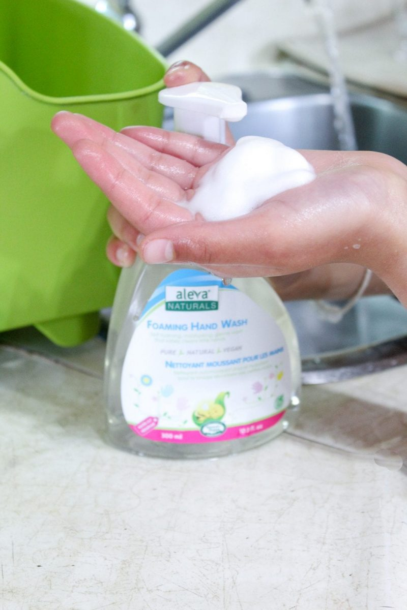 Hand pumpin Foaming Hand Wash on to a hand.