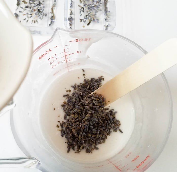 how to make homemade lavender vanilla soap in process