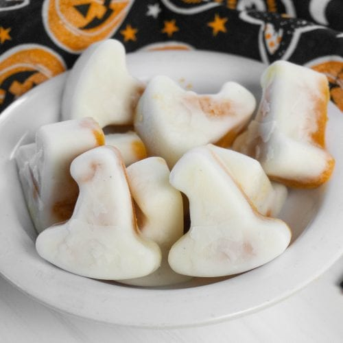 Witches Hat Pumpkin Yogurt Bites Recipe