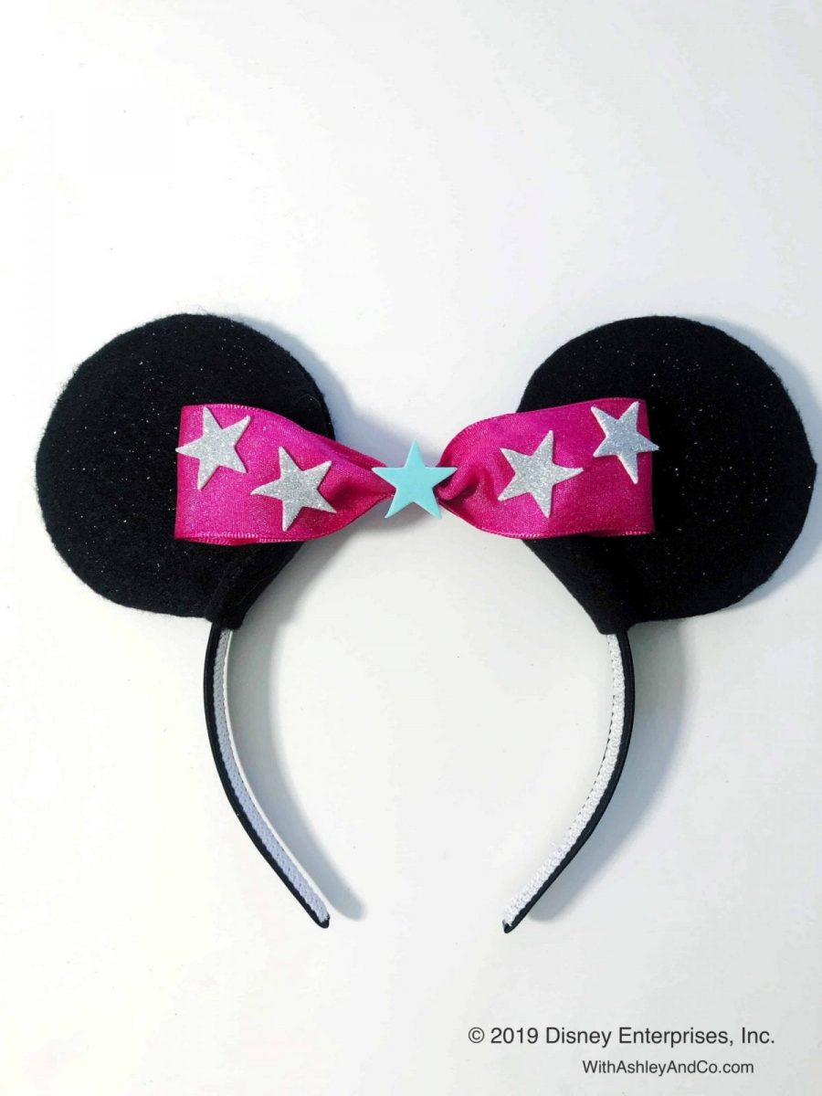 Minnie Mouse Bow Be Mine DIY Minnie Ears by Ashley and Company.