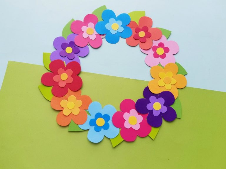 Colourful Paper Flower Wreath Craft