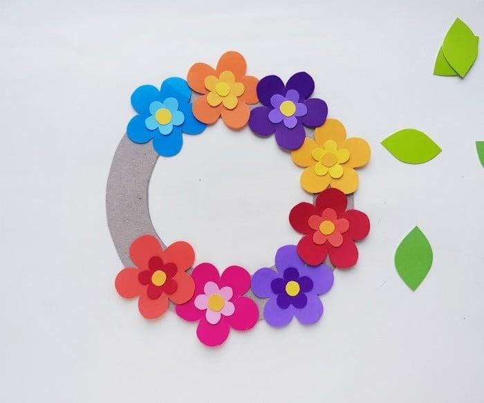 Paper Flower Wreath Craft step 5
