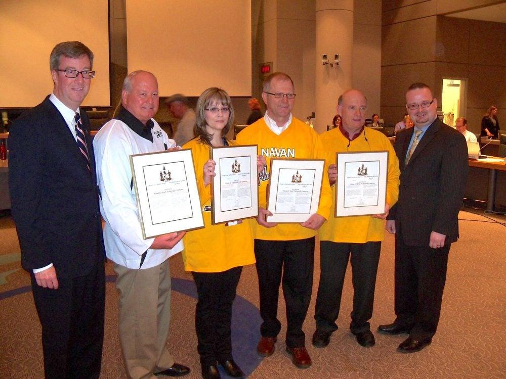 Navan for Kraft Hockeyville Committee receiving the City Builder Award