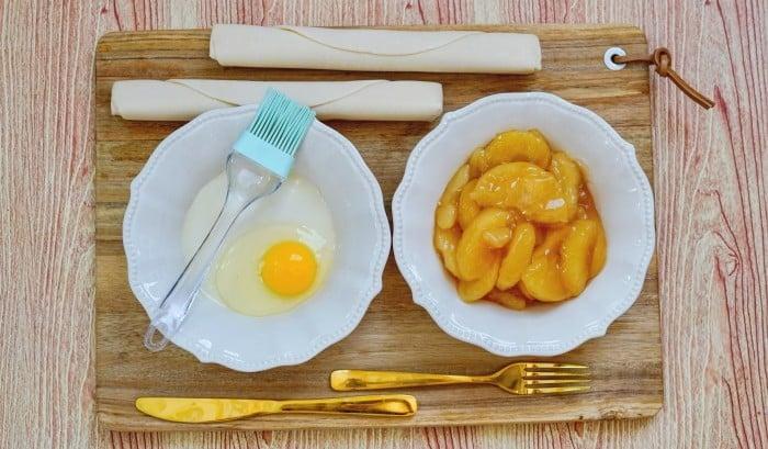 Air Fryer Apple Hand Pies ingredients