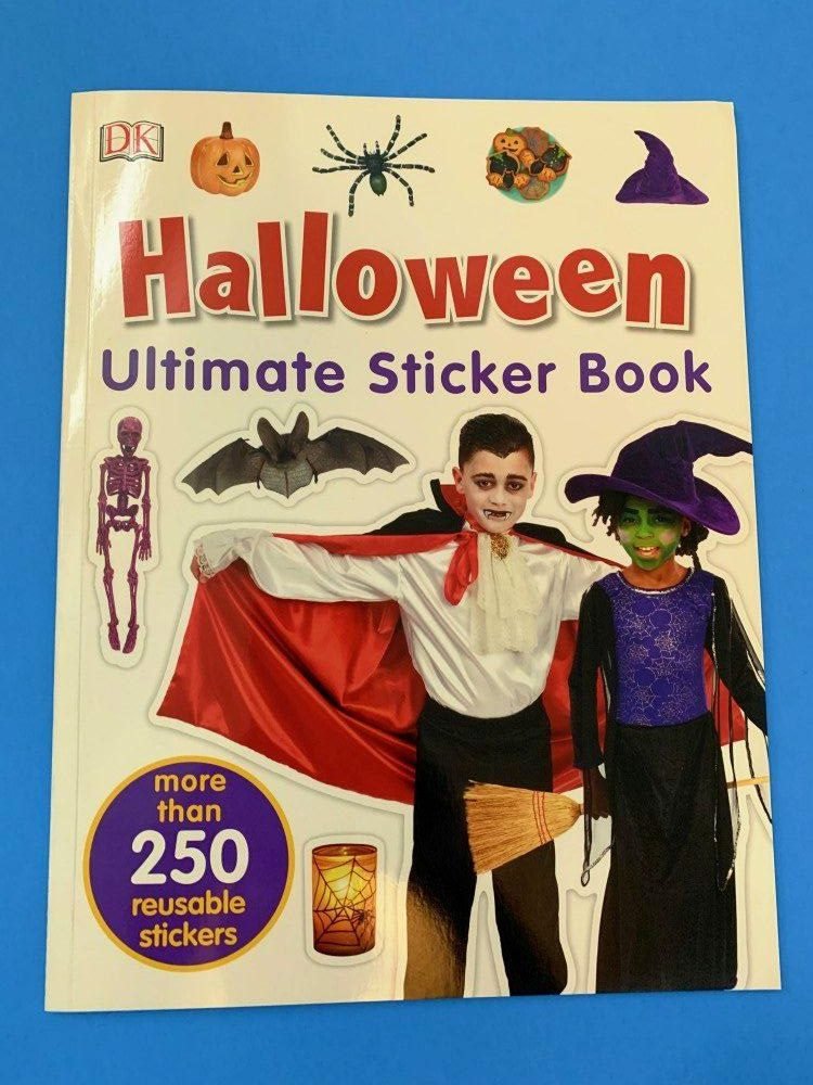 Halloween Ultimate Sticker Book