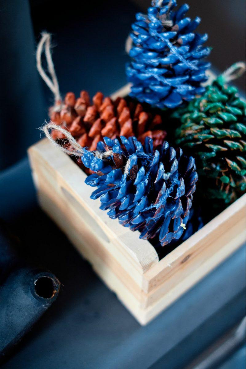 Fire Starter Pine Cones DIY With Scented Essential Oils