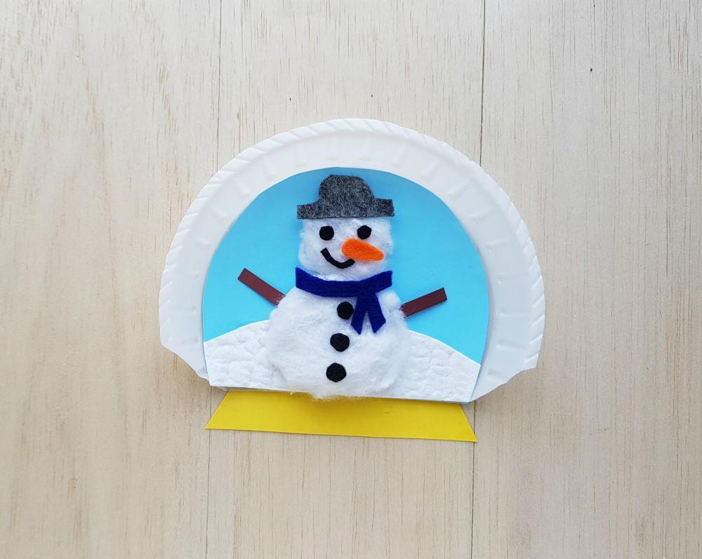 Paper Plate Snow Globes Craft