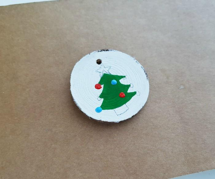 Wood Slice Ornaments with Acrylic Paint For Christmas step 4