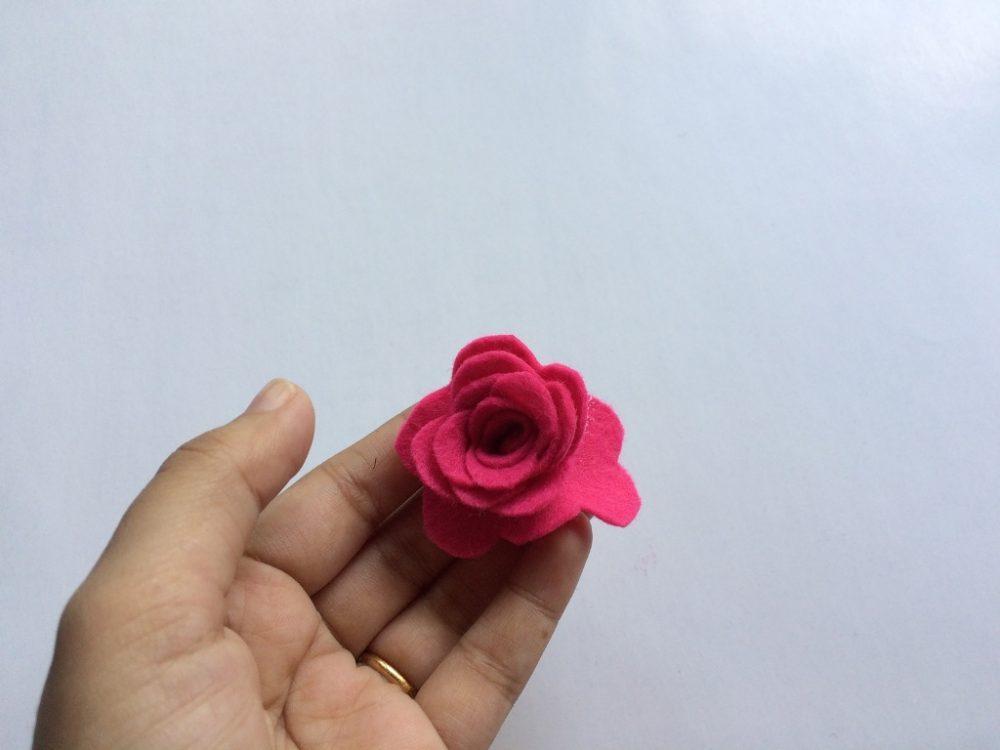 Felt Flower step 7