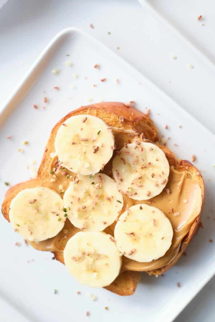 Peanut Butter Toast with Bananas