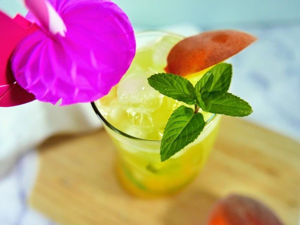 Peach Pineapple Mojito Mocktail Recipe