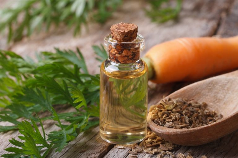 How To Treat Acne With Essential Oils