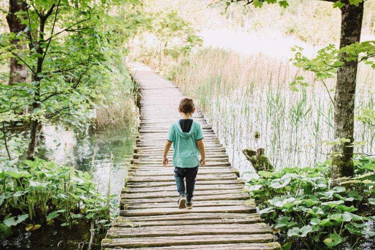 How to Help an Introvert Child Survive in an Extrovert World